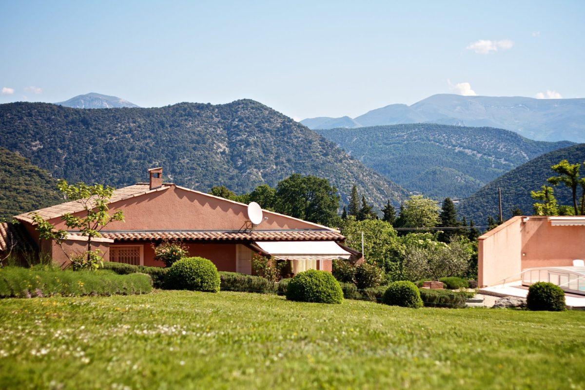 Villa Lavande, proche de la piscine
